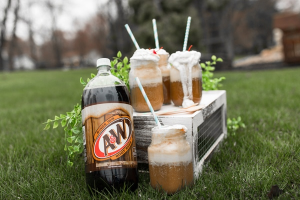 A&W Root Beer Floats - Pretty My Party