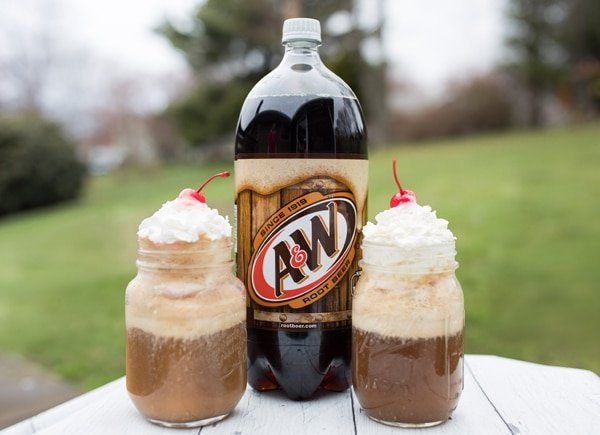 Perfect Root Beer Float Recipe For Game Night Pretty My Party