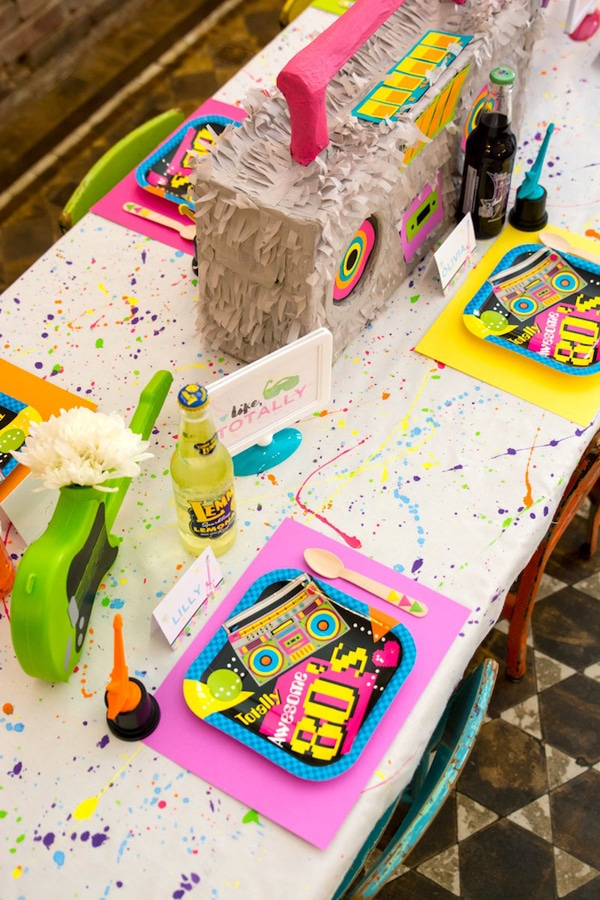 80s theme party table