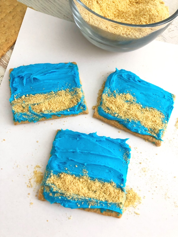Easy Seashell Graham Cracker Treats - Pretty My Party