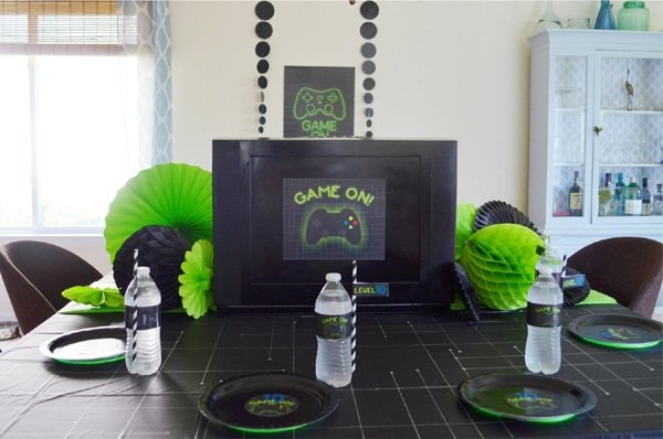 Gamer Birthday Party Table