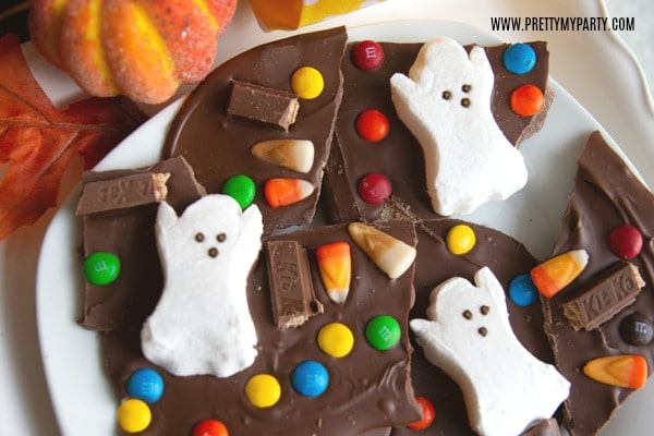 Halloween Candy Bark - Pretty My Party