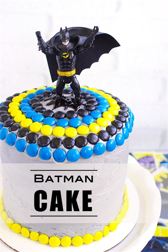 Batman Birthday Cake - Awesome Birthday Cakes For Boys on Pretty My Party