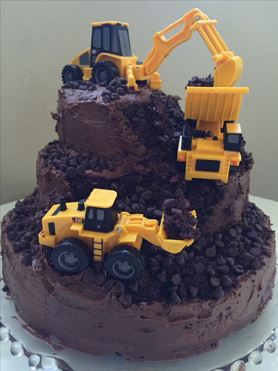 Construction Dirt Cake - Awesome Birthday Cakes For Boys on Pretty My Party