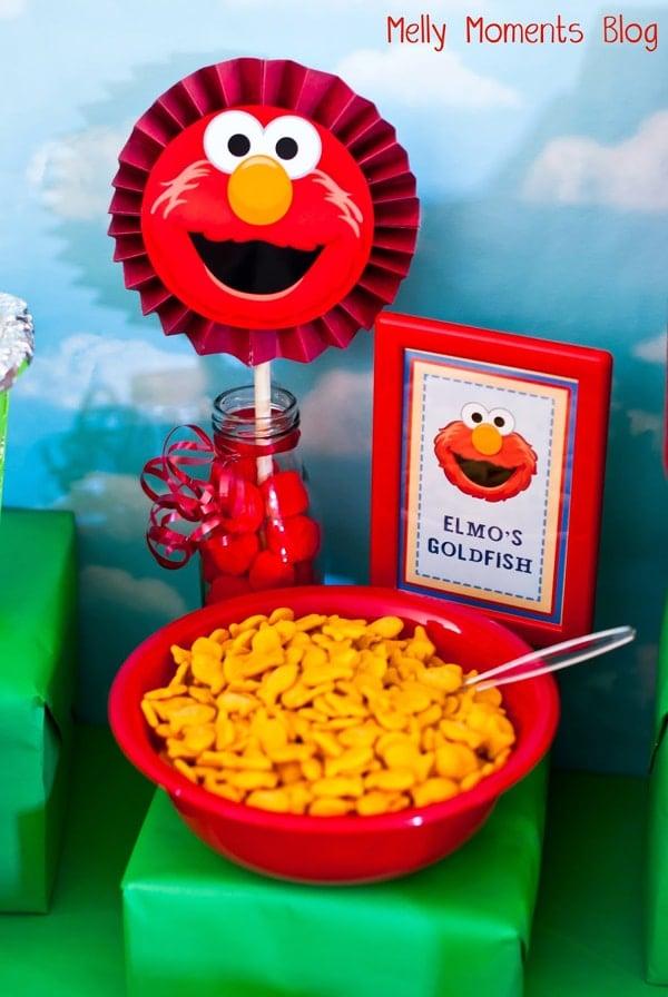 Elmo's Goldfish - Elmo Party Ideas