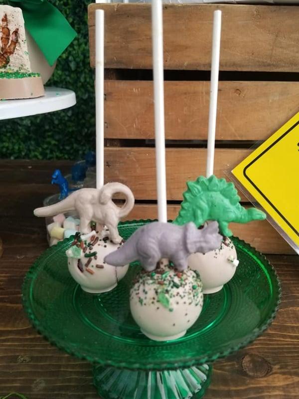 Jurassic World Cake Pops