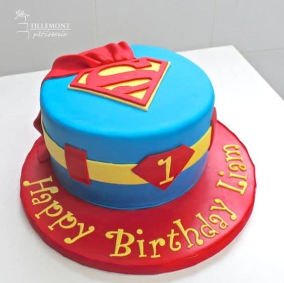 Superman Cake 0- Superman Birthday Party Ideas