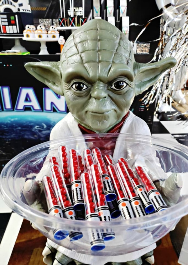Star Wars Party Light Saber Candy