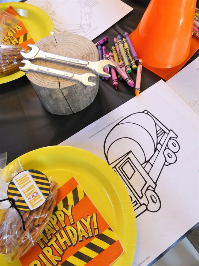 Construction Birthday Party Coloring Activity