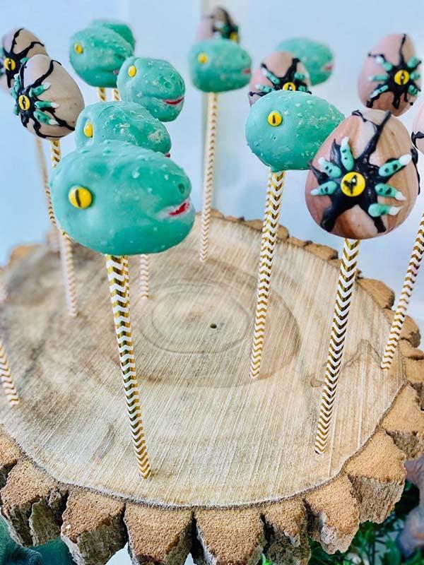 Fun Dinosaur Cake Pops
