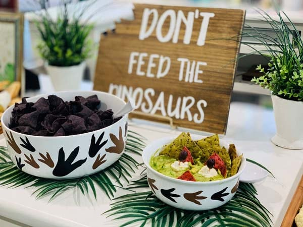 Don't Feed the Dinosaurs Party Sign Decoration