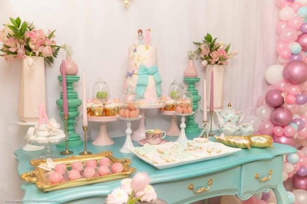 Fancy Nancy Party Cake Table