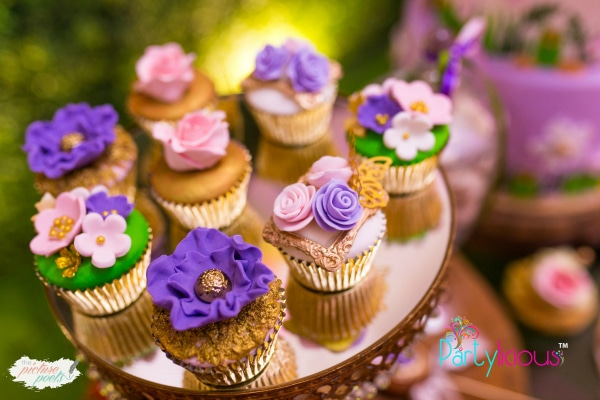 Tinkerbell Party Cupcakes