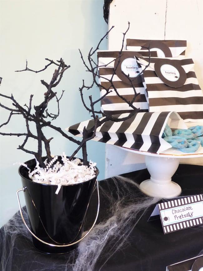 Black Tree Halloween Decor