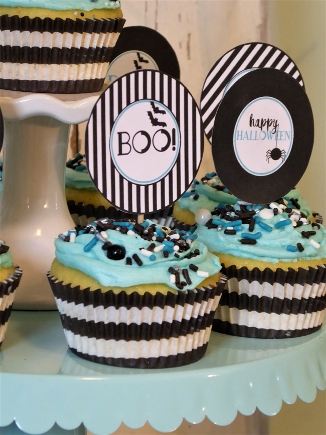 Blue and Black Halloween Party Cupcakes