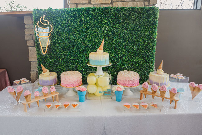She Got Scooped Up Bridal Shower Cake Table
