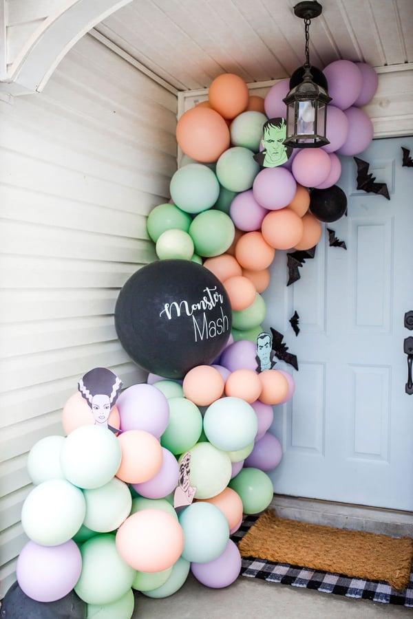 Monster Mash Balloon Garland