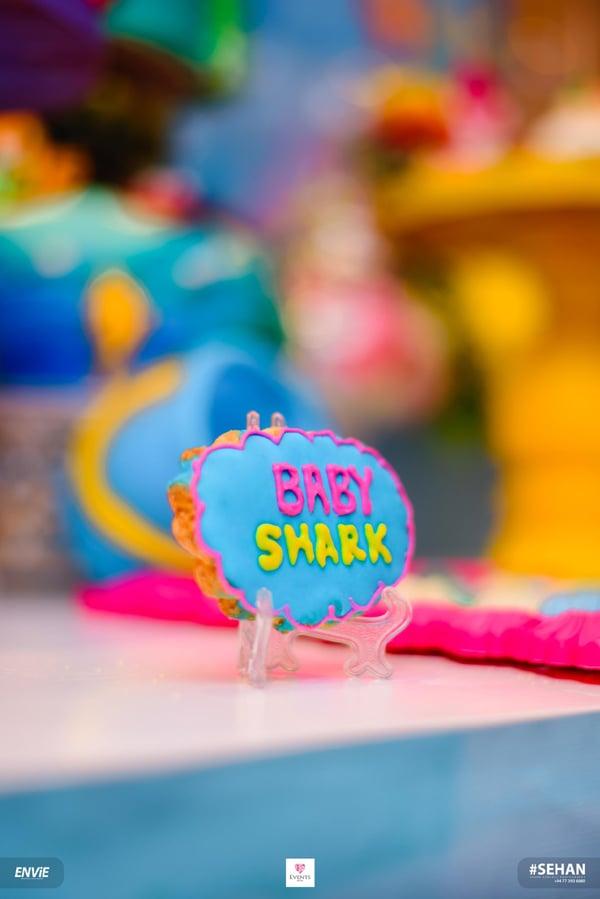 Baby Shark Cookie