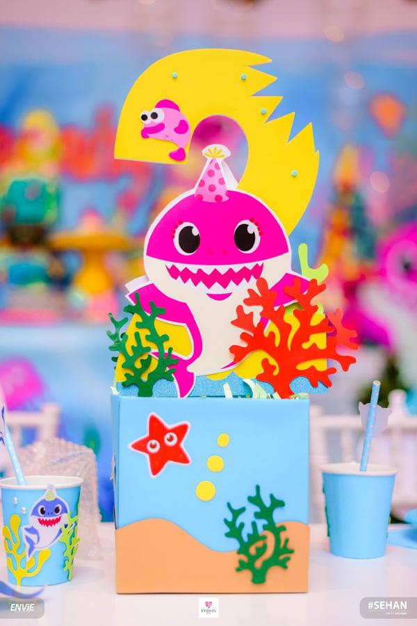 Baby Shark 2nd Birthday Centerpiece